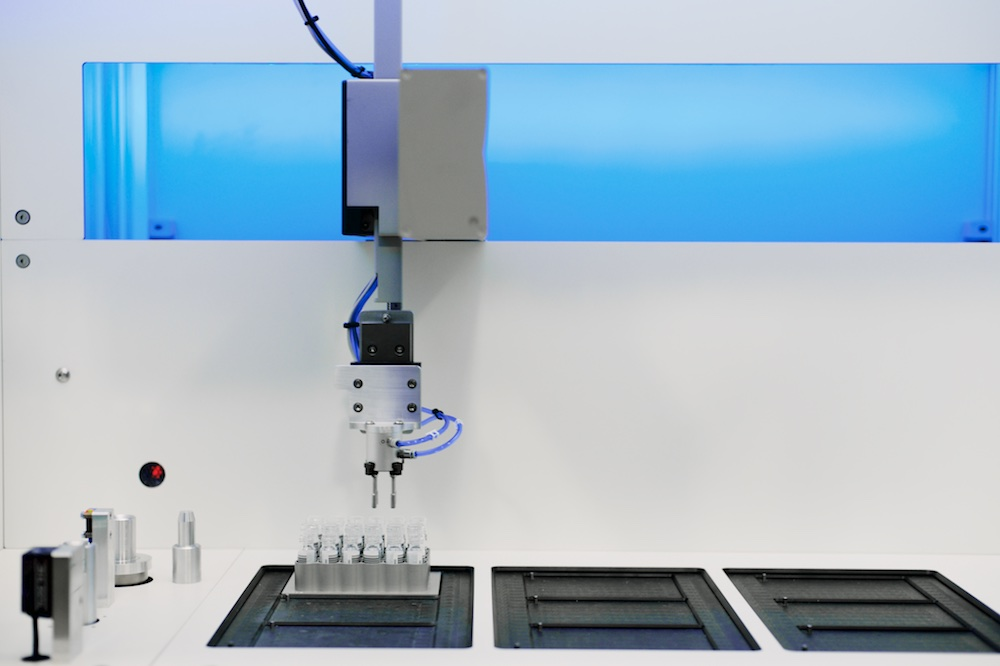 Automated Vial Weighing System Gripper